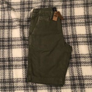 Men's American Eagle Olive Shorts New with Tags